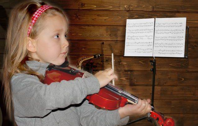 E_necessario_o_no_per_un_bambino_musica_e_violino